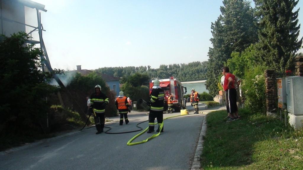 150805 Wohnhausbrand Wildungsmauer (2)