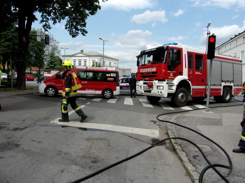 160515 Fahrzeugbrand (3)