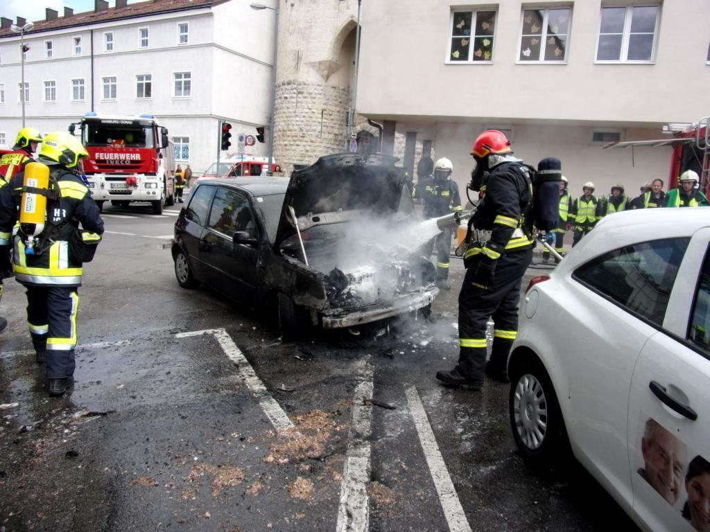 160515 Fahrzeugbrand (4)